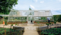 Victorian Manor Glasshouse
